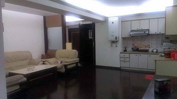 ◆小熊House【售售售】☆市民廣場美三房★(西區)