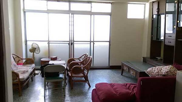 ◆小熊House【售售售】☆向上國中採光美寓★(西區)