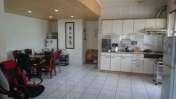 ◆小熊House【售】☆櫻花園邸黃金大面寬角店★(西屯區)