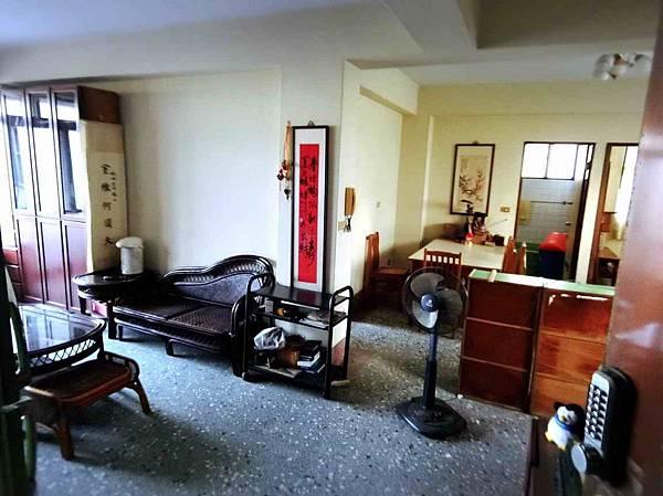 ◆小熊House【租】☆台灣大道超值三房★(西區)