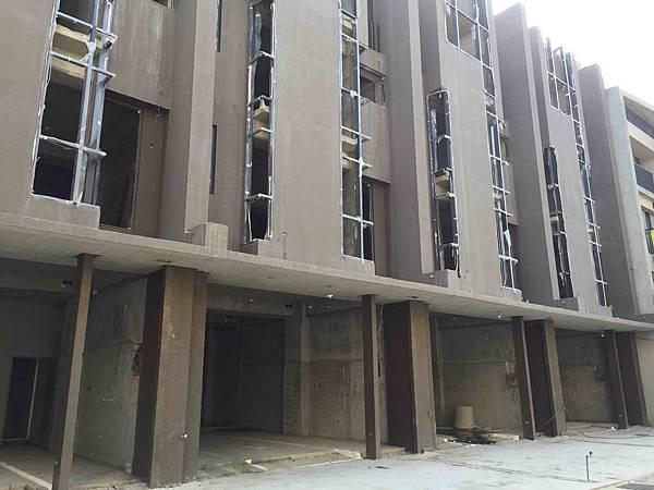 ◆小熊House【售】☆永春東三南全新電梯別墅★(烏日區)