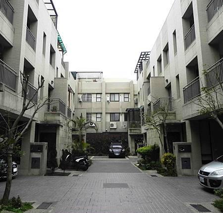 2.社區環境.JPG