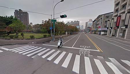 西區建地(附近街景).jpg