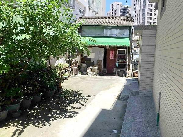 ◆小熊House【售】☆㊣台中路邊間(金店霸)★(南區)