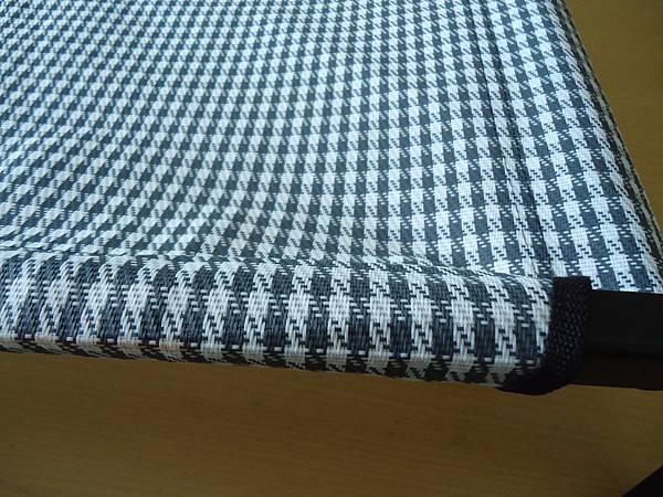 米白&灰色  千鳥格紋單層特斯林飛行床成品