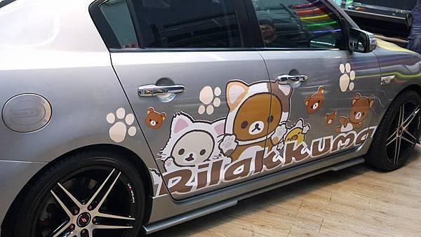 一代MAZDA3拉拉熊車身彩貼