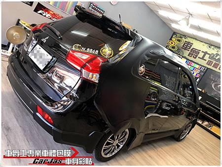 MITSUBISHI COLT PLUS 全車消光黑、3D黑卡夢改色包膜