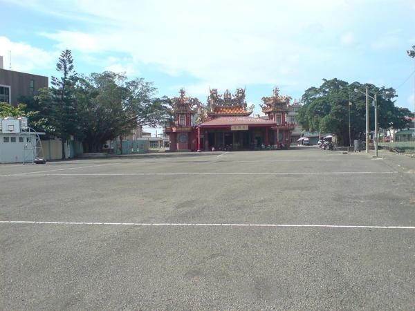 寺廟與空地