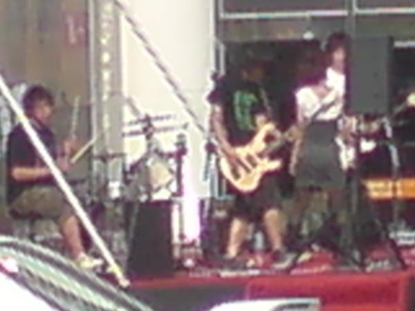 Bass手