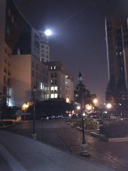 2012.11.1 崑山科技大學夜景