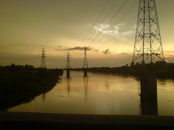 暴雨過後的鹽水溪