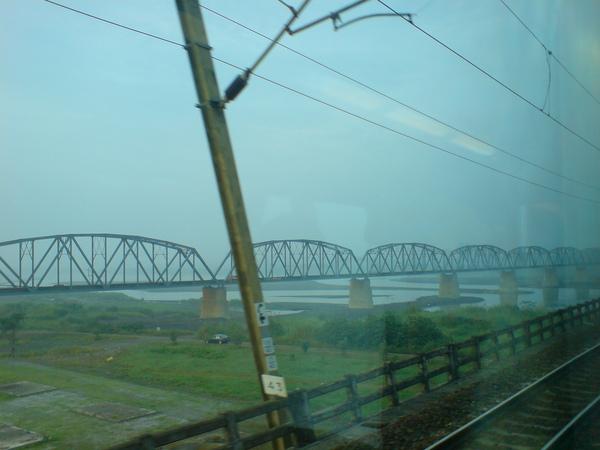 鐵橋晨景2