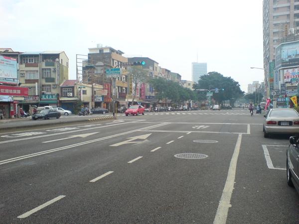 交叉東豐路/光明街