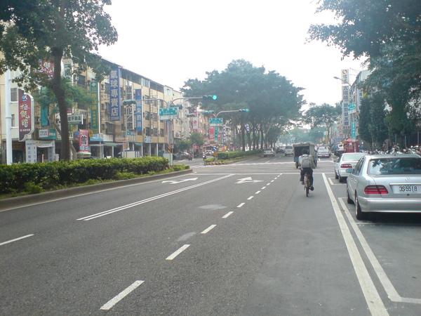 交叉東興路