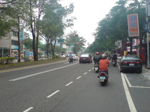 交叉東光路