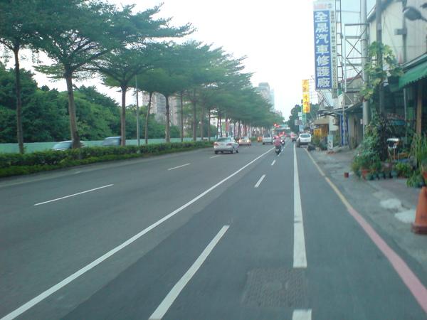 中華東路一段