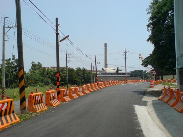 施工中闢建的聯外小路