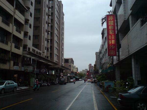 8/10 毛毛雨中
