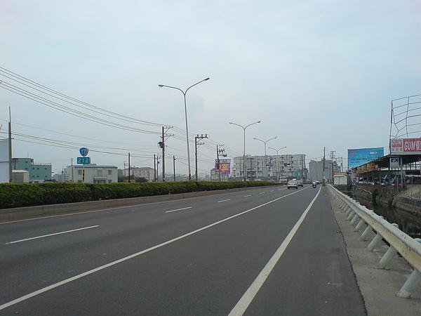 DSC01049.JPG