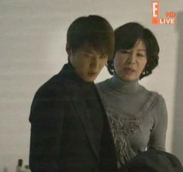 [TV] 090116 E!News1.JPG