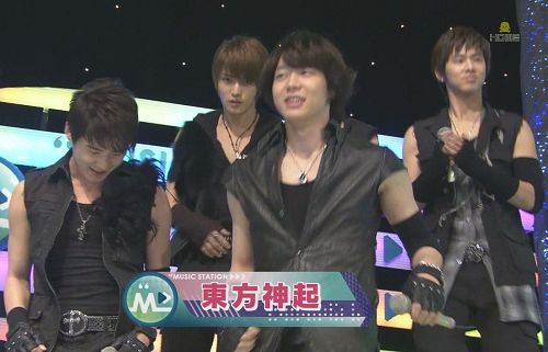 20090306 MUSIC STATION - TVXQ [poi][(000111)00-34-02].jpg