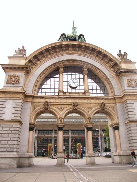 Luzern車站前