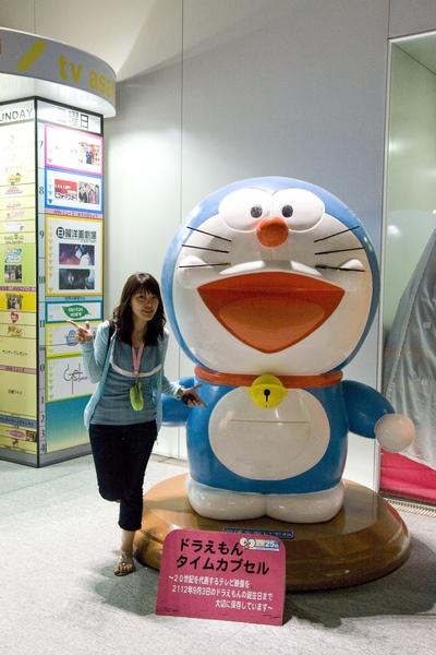 超大的Doraemon