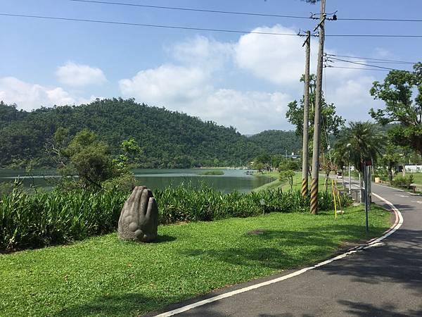 梅花湖1.JPG