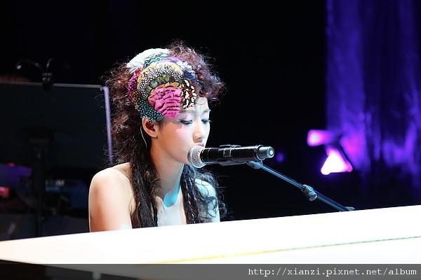 「愛上弦子的第一次」北京首唱