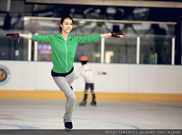 弦子密練溜冰一年 (2)