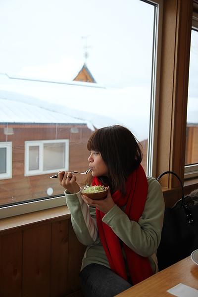 邊賞景邊吃早餐~好幸福唷