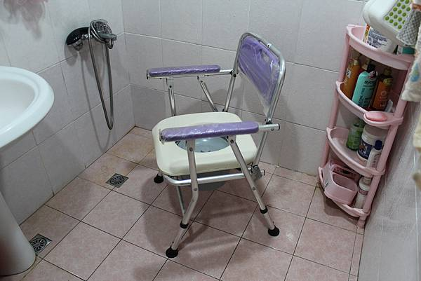 便盆椅01