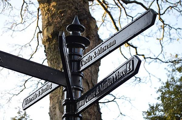 signpost-20032_960_720.jpg