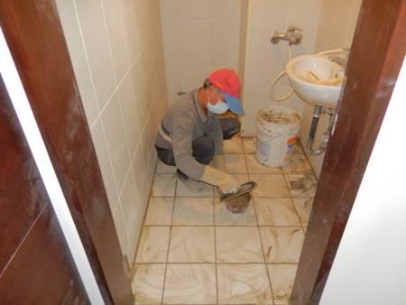 09施工中(防水測試完成無漏水後泥作進場施工)