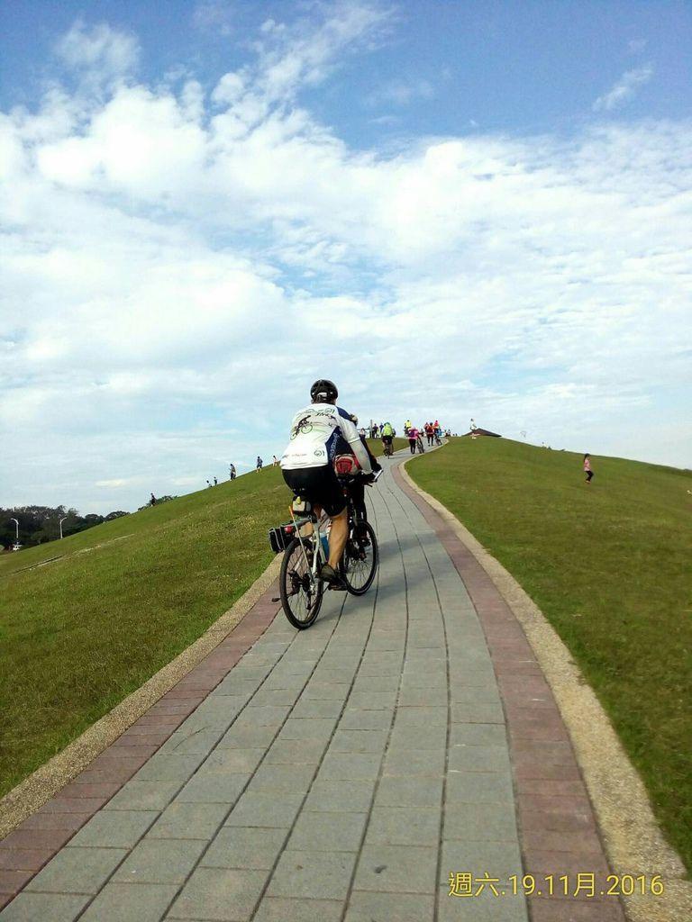 騎單車到八里十三行-35.jpg