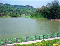 新竹青草湖.jpg