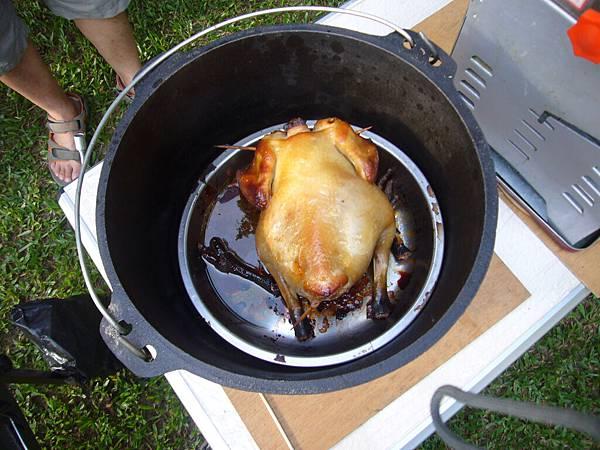 烤雞出來了...