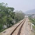 內灣小火車上拍鐵軌