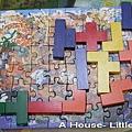 60張拼圖上面排列magic puzzle,完全不知有何用意。