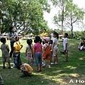 四方牧場:聽基督教幼稚園的小朋友唱聖歌