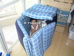 小玉米設計的房子,爸爸負責協助蓋屋。(2)(3y)
