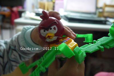 憤怒鳥坐螃蟹車?(2012.11)