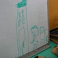 爸爸媽媽和小玉米、房子(3y5m)