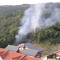 我家對面山頭火燒山啦!