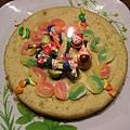 小好米一歲生日蛋糕(媽媽做地瓜蛋糕,哥哥負責裝飾)