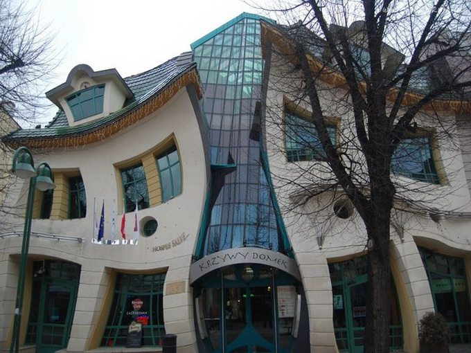 Crooked_House_Szotynscy__Zaleski_3