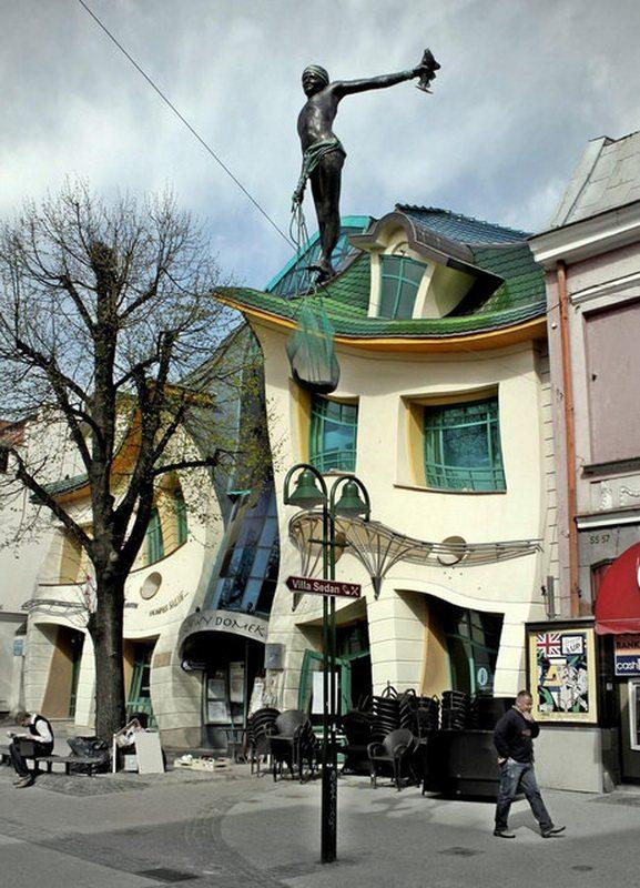 Crooked_House_Szotynscy__Zaleski_4