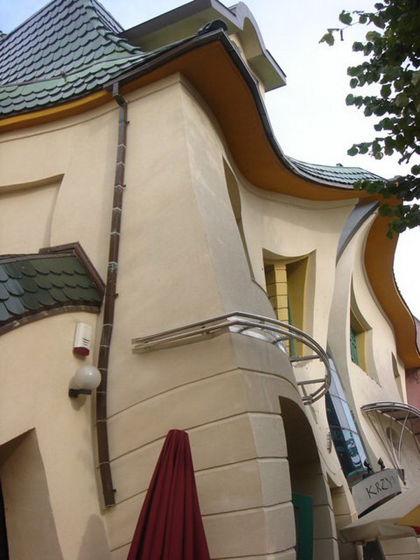 Crooked_House_Szotynscy__Zaleski_6
