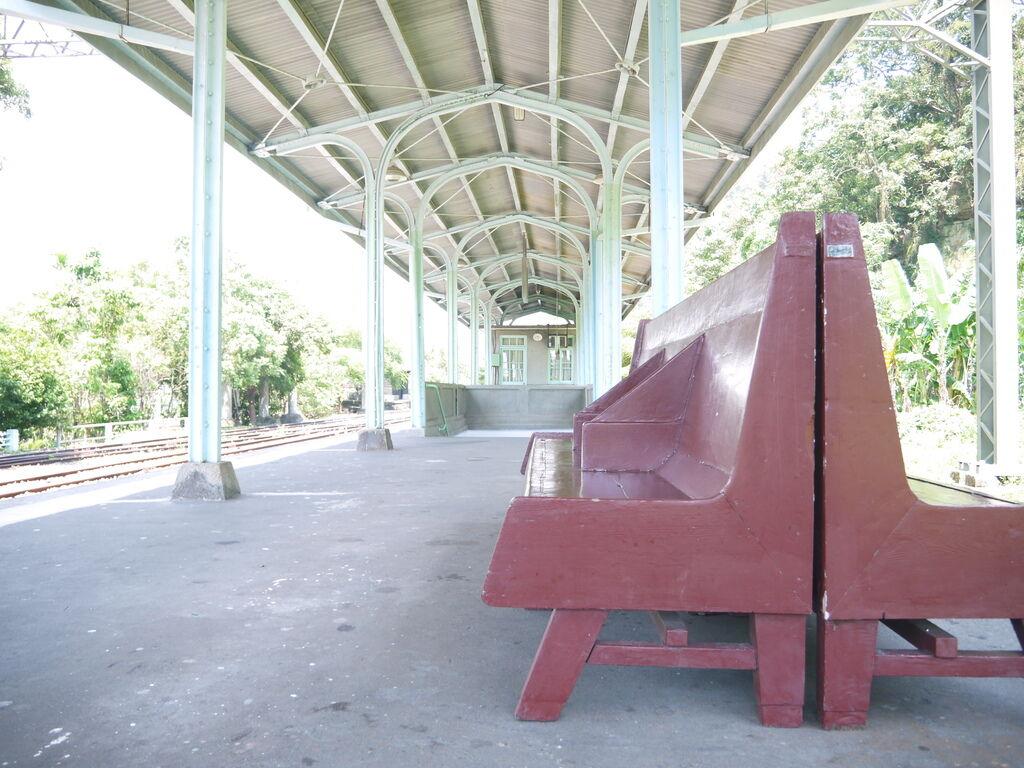 車站月台座椅