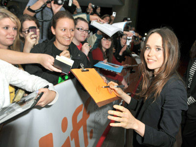 2010tiff_superpremiere_10sep2010_wire010.jpg